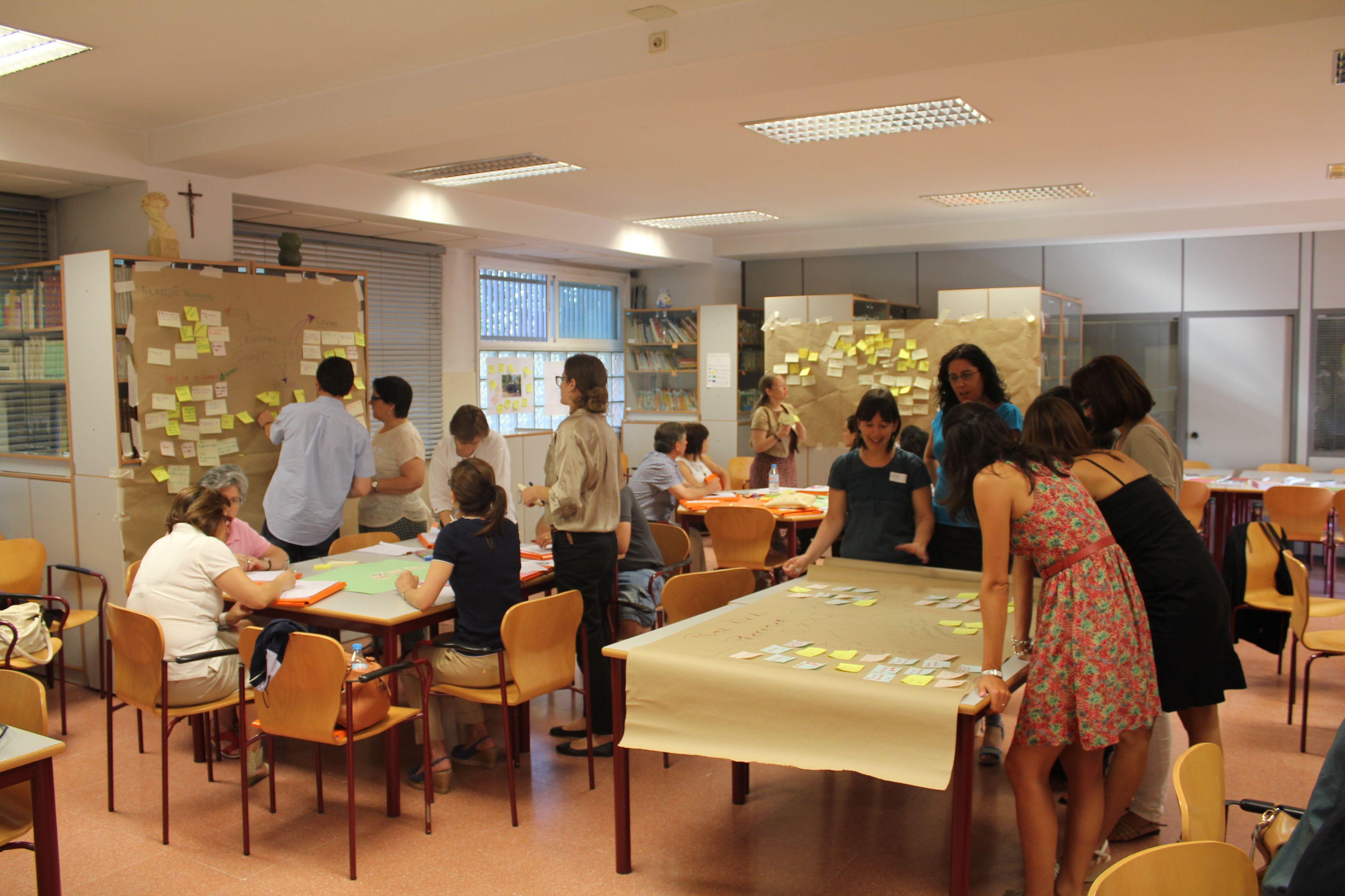 Herramientas para innovar en el aula blog de gesvin for Decoracion escuela